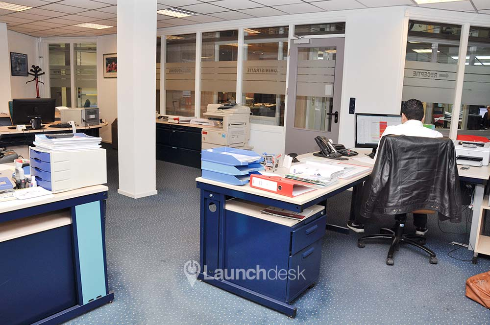 Office space papaverweg amsterdam noord launchdesk - Small office space rental collection ...