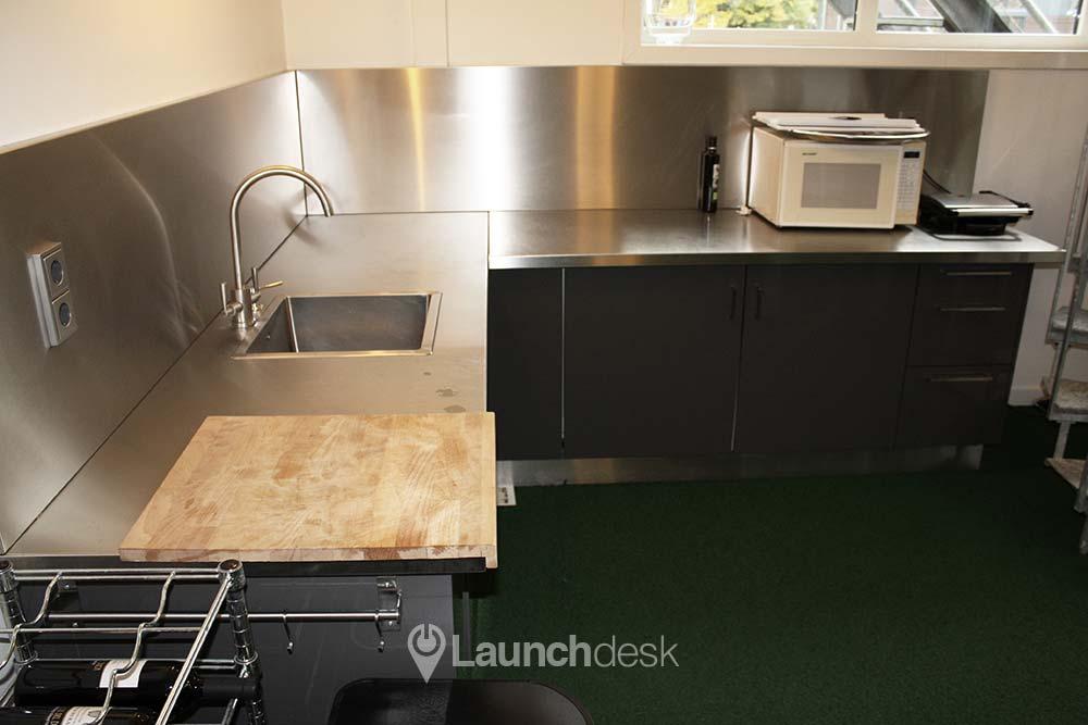 Kantoorruimte nieuwendammerdijk vliegenbos amsterdam noord launchdesk - Optimaliseer de keukenruimte ...