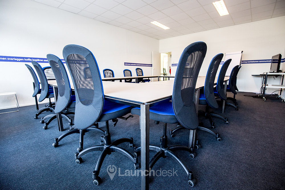 The meeting room with comfortable adjustable chairs