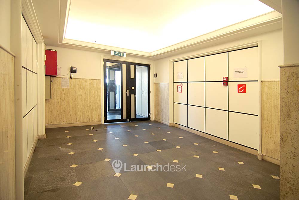 Rent office space Kleine-Gartmanplantsoen 21, Amsterdam (25)