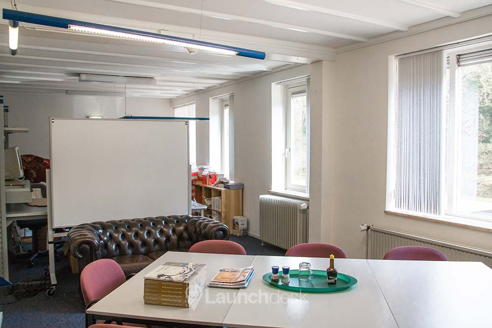 Rent office space Langenhorsterweg 6, Ambt Delden (21)