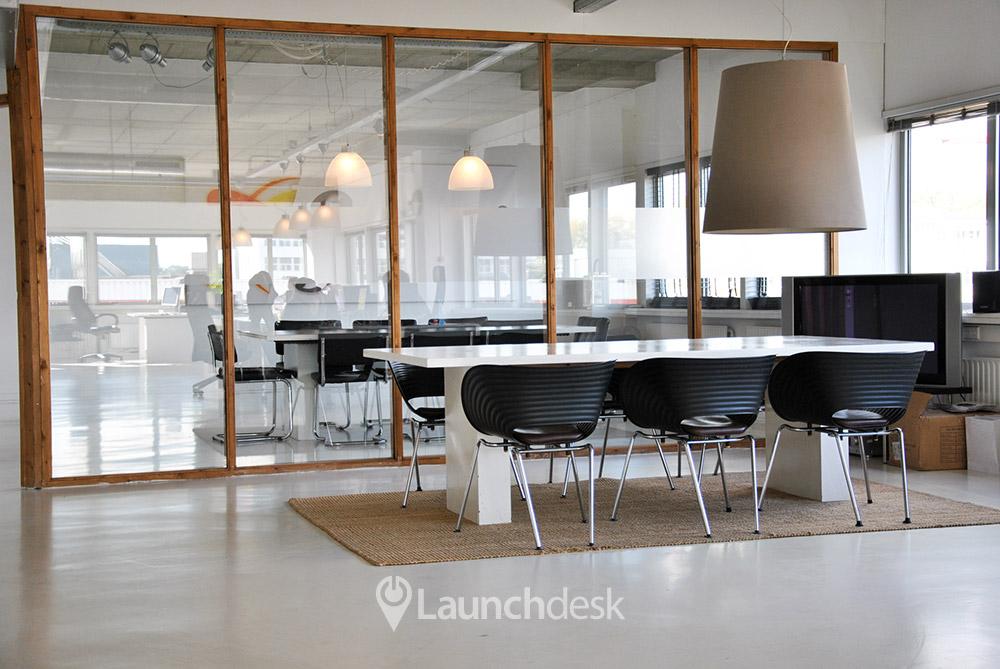 Kantoorruimte anthony fokkerweg valschermkade amsterdam zuid launchdesk - Moderne kantoorbureaus ...
